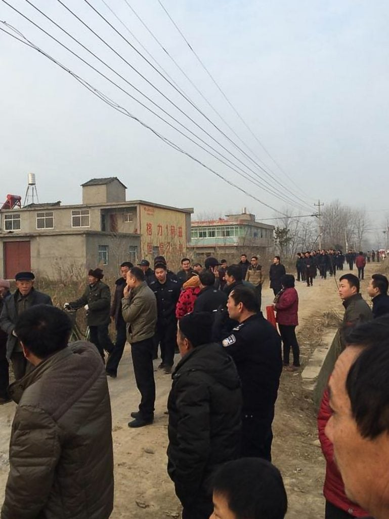 The authorities dispatched over 600 people including government officials and police officers, to demolish a church in China