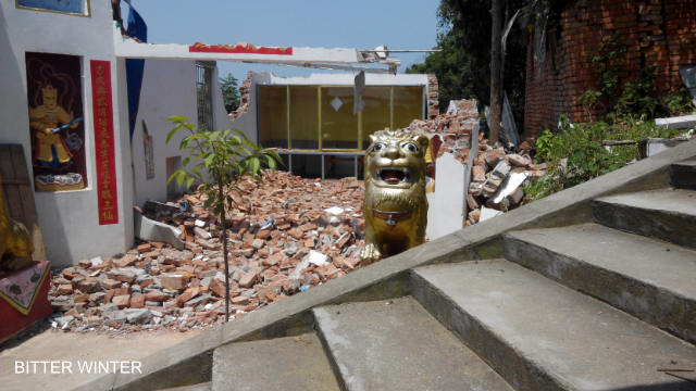 Shanxian Temple, where Wu Qiaoyu made her home for 31 years, has been forcibly demolished.