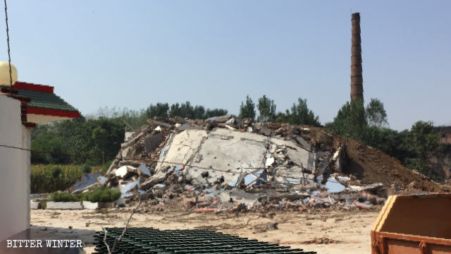 Dongcun Three-Self churchhas been turned into a pile of ruins