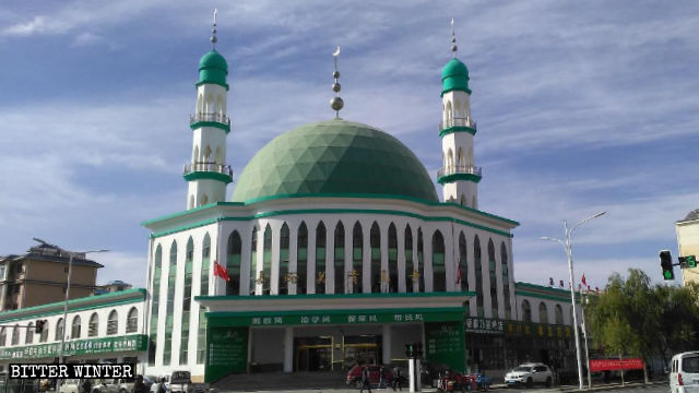 Overall view of Jiayuguan Mosque