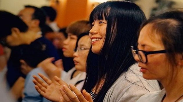 young Chinese evangelicals praying