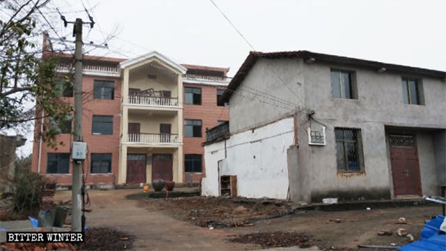 Xu Meilan's home after the kitchen was demolished