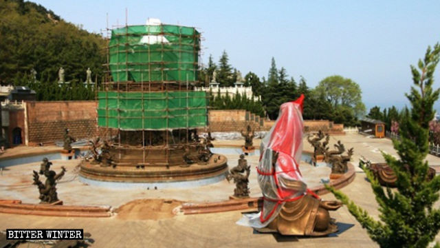 Dripping-Water Guanyin statue was dismantled in late April.