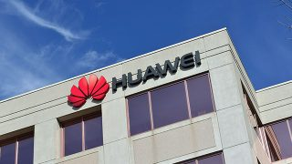 Is Huawei a Backdoor for the Chinese Military and Secret Services?