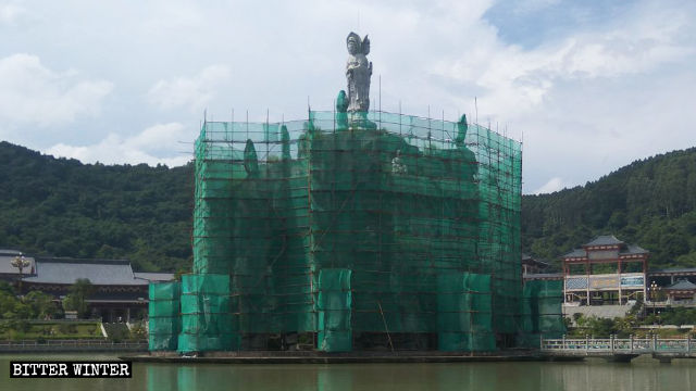Guanyin Island is surrounded by a safety net
