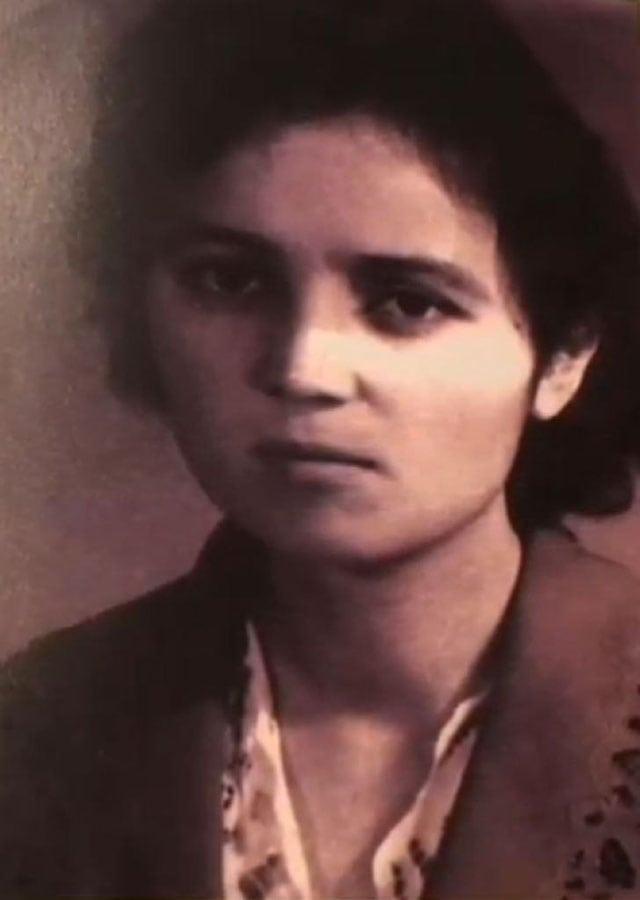 Söyüngül Chanisheff during her youth, a photo taken in 1963