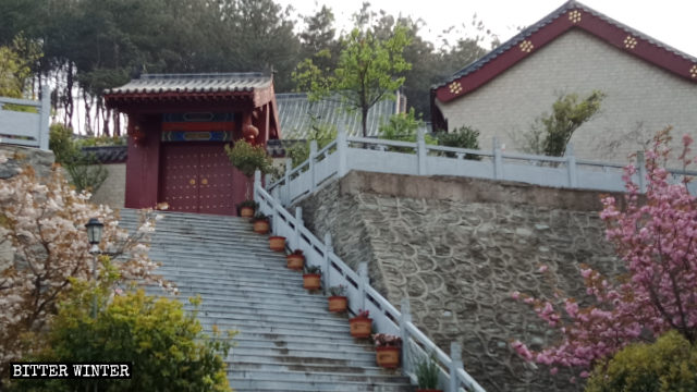 The exterior view of Fuhui Temple in Huangpi district